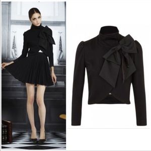 "Alice + Olivia ""Addison"" bow cropped blazer M"